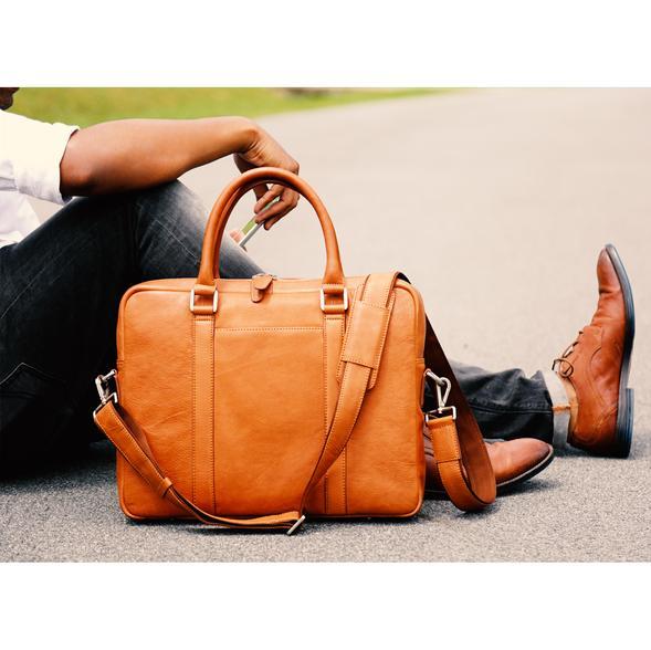 Briefcase_Tan_lfstyl_png_590x.jpg