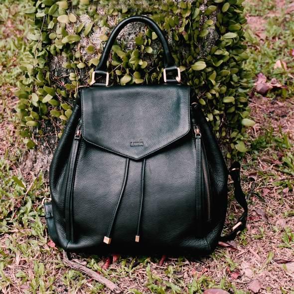 Backpack_Green_lifestyle_590x.jpeg