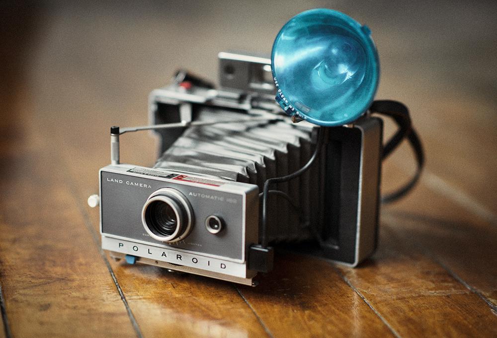 Polaroid Land Camera Automatic 100 (1963)