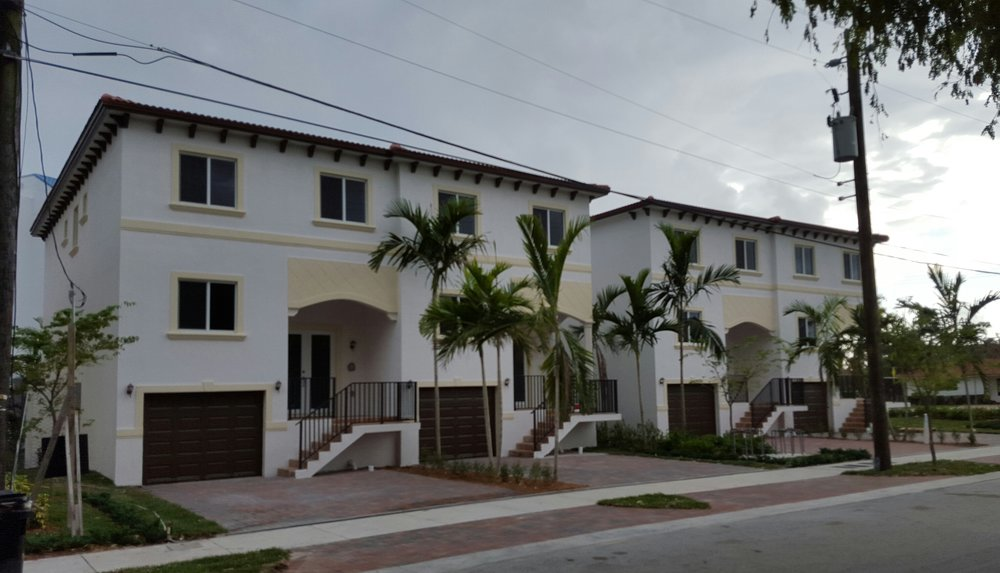 4 TOWNHOMES - LUXURY WATER FRONT TOWNHOMES3500 N.E. 166 ST.NORTH MIAMI BEACH, FL. 33160Over 2.5 Million in Value