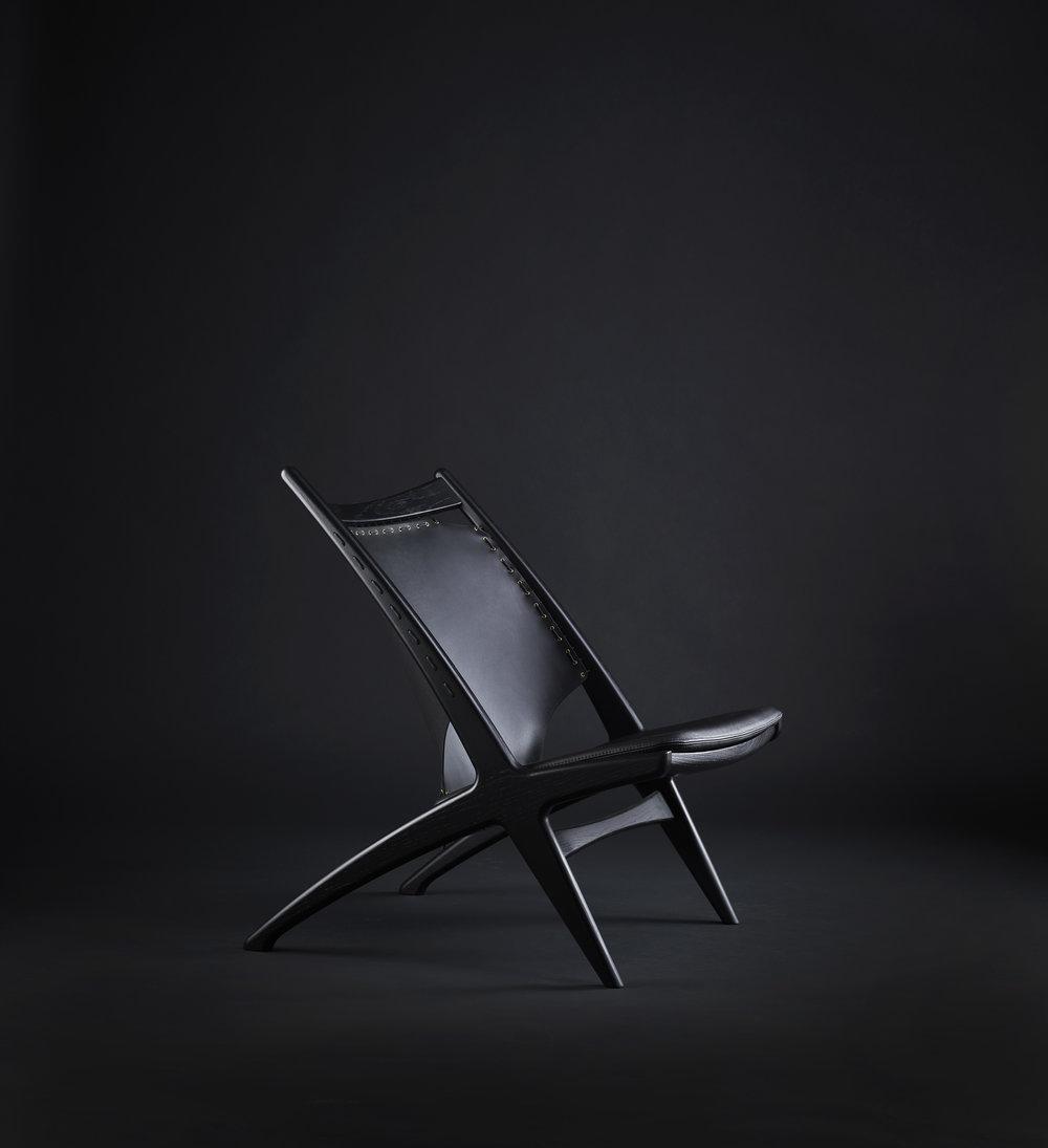 Krysset black.jpg