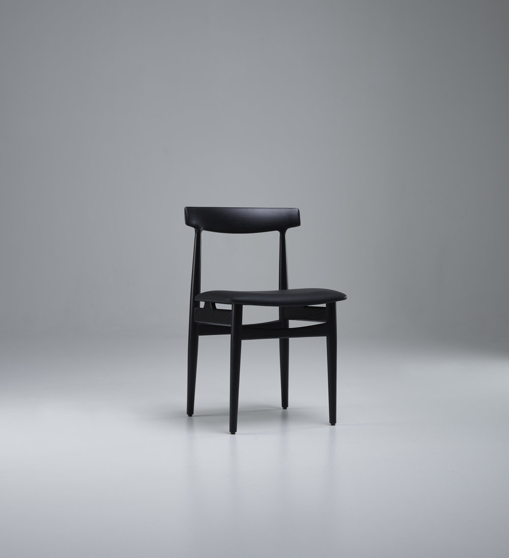 Hertug dining chair.jpg