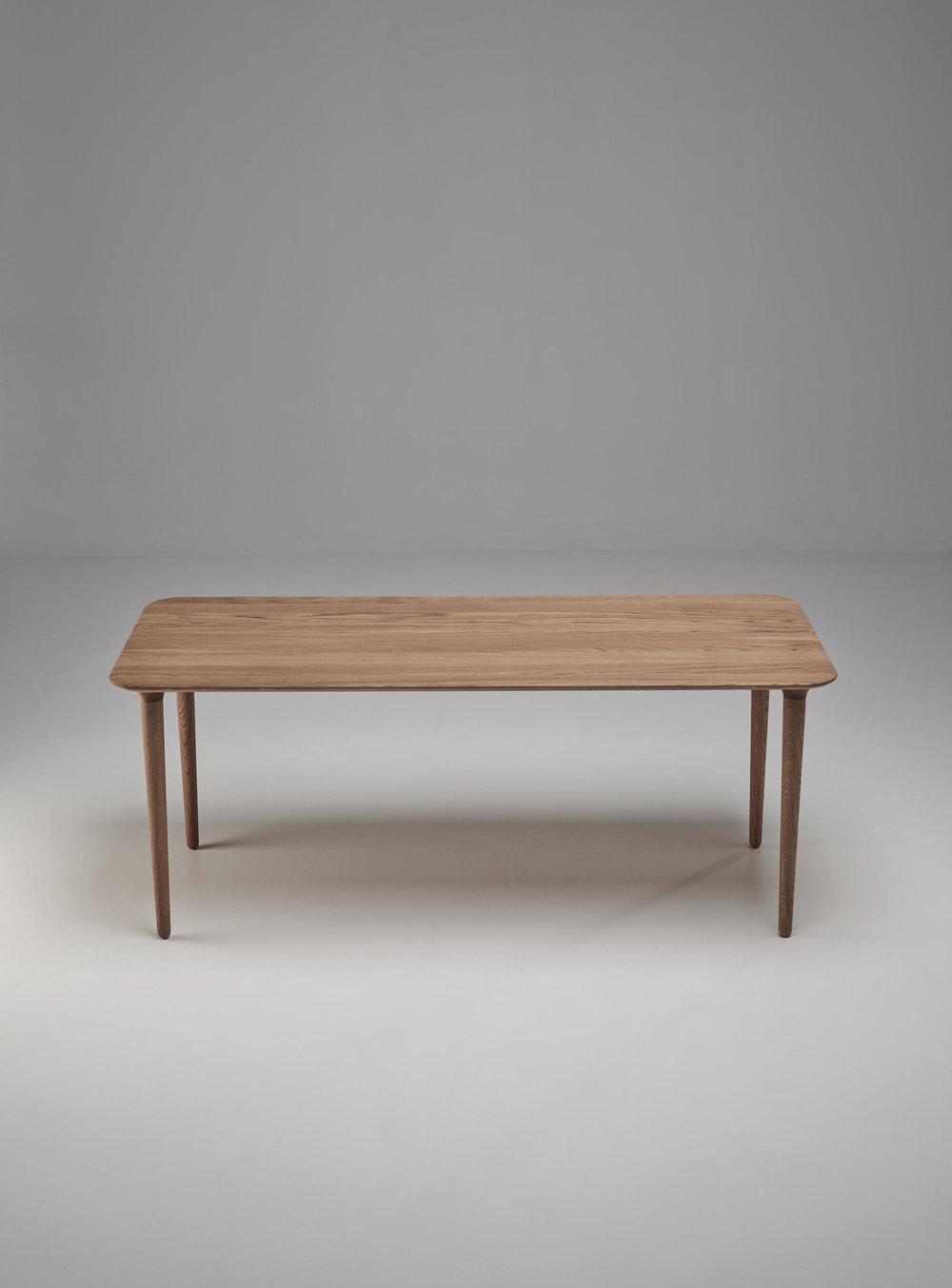 Evja rectangular coffee table