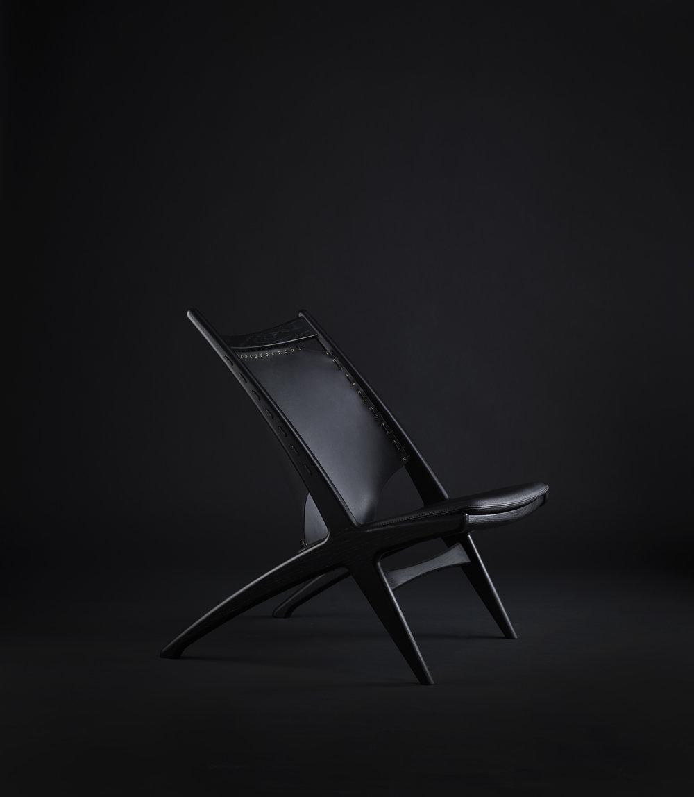 Krysset lounge chair