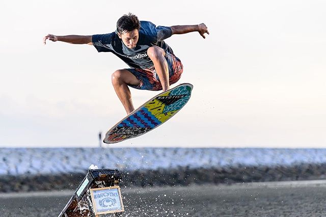 @flatskimjapan and @Kayotics_skim_aki crew in Japan have been absolutely killing it. We are stoked to have such a sick crew repping Kayo to the fullest.  Rider: @ko_hey19.r Photos: @makokashigram : : : : #skimjapan #skimboardsandlifestyles #Kayotics #kayoticsskimboards #flatlandskimboarding  #flatlandskimboarding #skimboarding #beaches #skimontario #flatlandskim #skimming #skimstagram #skimusa #skim #beachcred  #skimboardinglife #skimboardcanada
