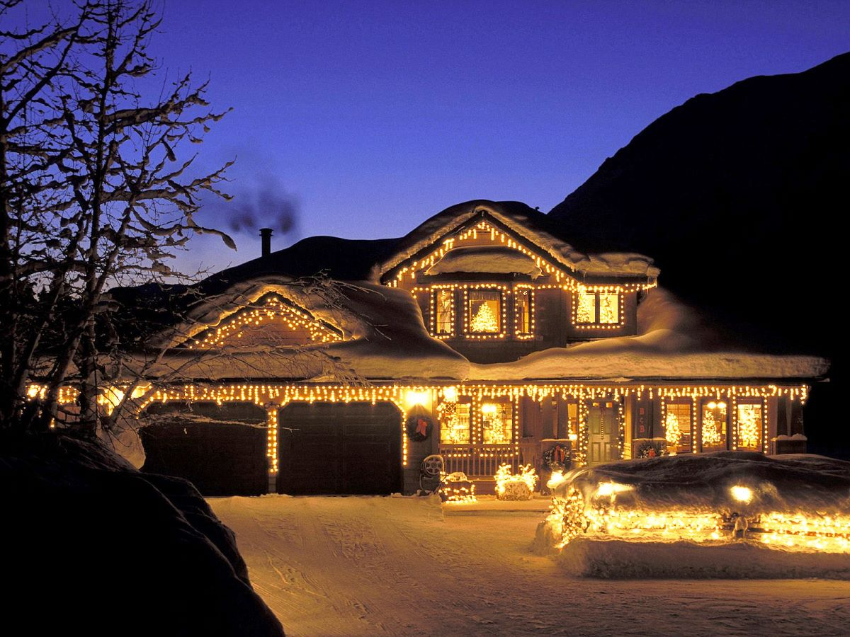 Christmas outside lighting outside lights for christmas lighting christmas outside lighting outside christmas lighting diy tips for outdoor lights wildwood lighting aloadofball Gallery