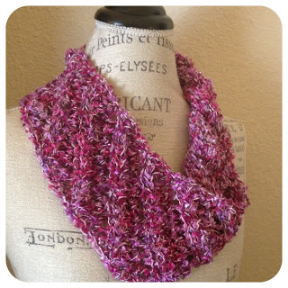 Easy Lace Cowl Knitting Pattern : Energia One-Skein Cowl Free Knitting Pattern   Blog.NobleKnits