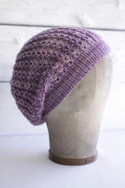 Manos Fino: Martine Hat Free Knitting Pattern