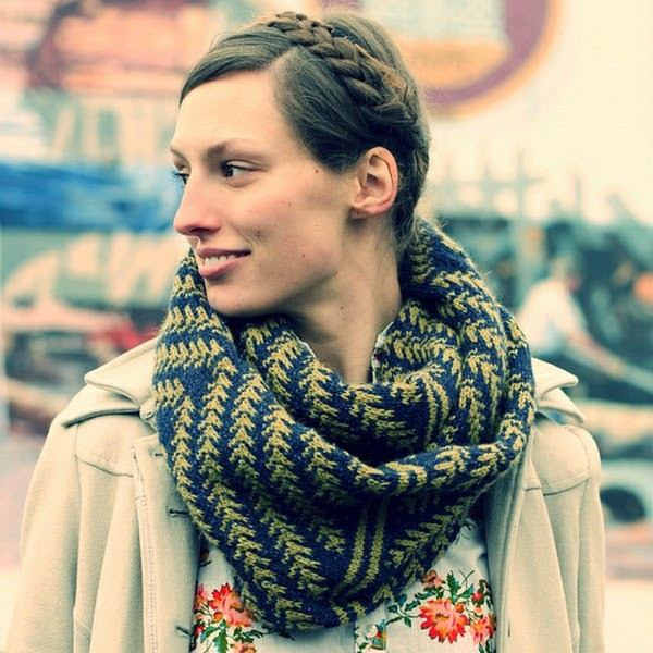 HiKoo Kenzie Pine Bough Cowl Free Knitting Pattern — Blog.NobleKnits