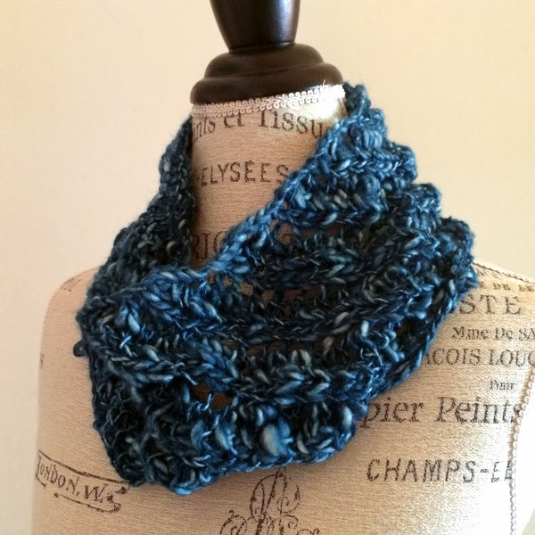 Abode Easy Lace Cowl Free Knitting Pattern   NobleKnits ...