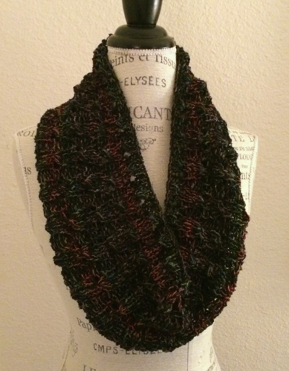 Mixy Faux Cable Cowl Free Knitting Pattern