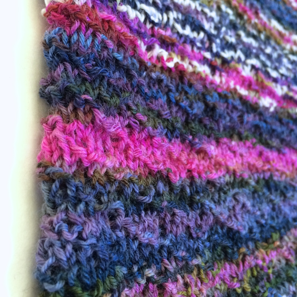 Closeup, diagonal seed pattern