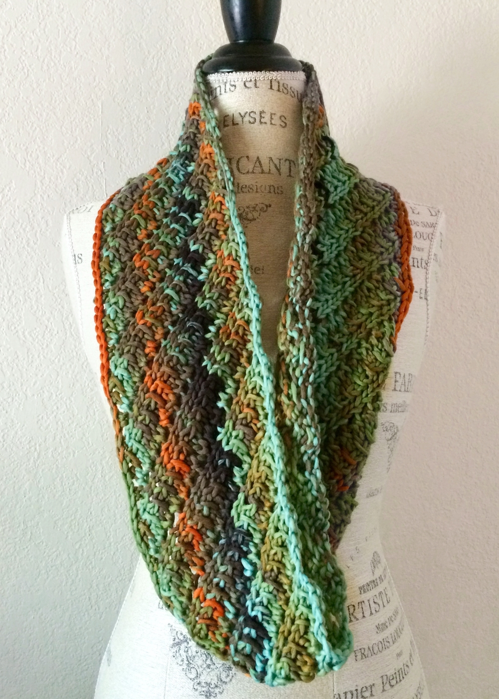 Easy! Pur Cowl Free Knitting Pattern