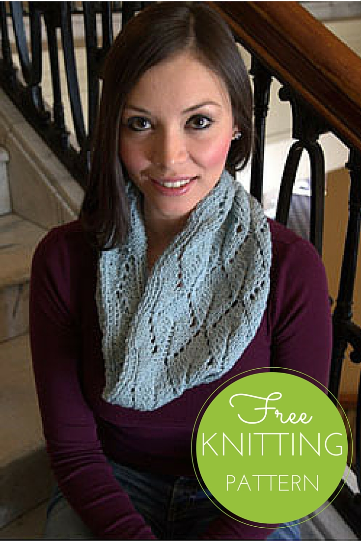 Split Leaf Cowl Free Knitting Pattern