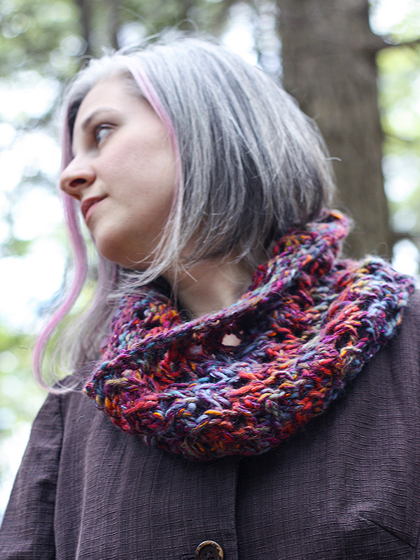 Michelle Cowl Free Knitting Pattern - One Skein Project!