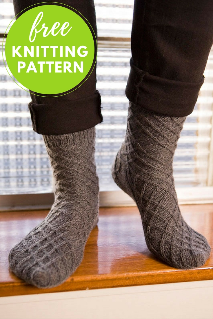 Criss Cross Socks Free Knitting Pattern