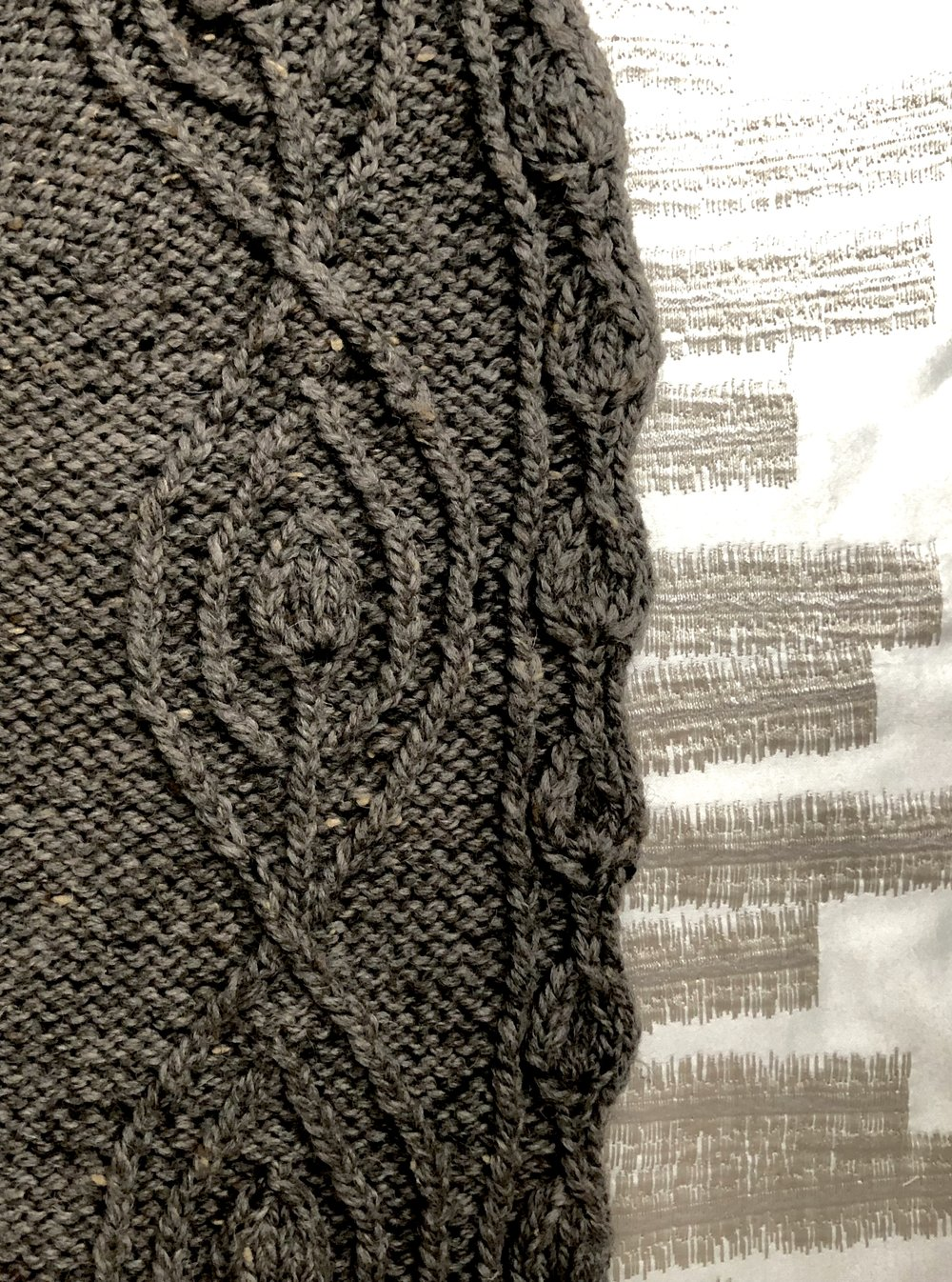 Twisted stitches found in the Saltimbanco Shawl