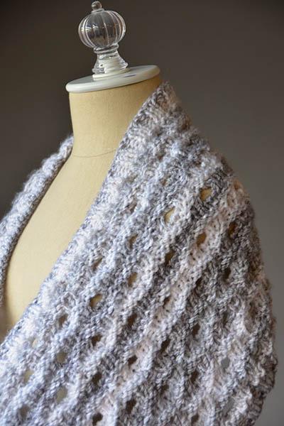 Knitting Pattern Free: Porthole Cowl