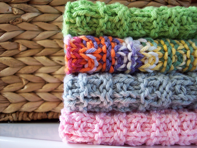 Easy and Simple to Knit Dishcloth Knitting Projects You Can Make
