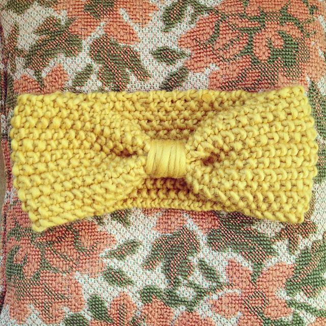 Cozy Posy Ear Warmer Free Knitting Pattern