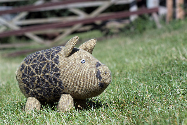 Oink! Adorable Pigs To Knit