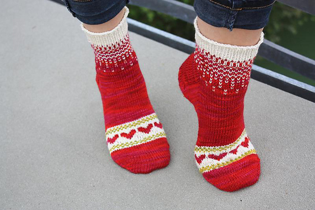 Hearts to Knit - Free Patterns!