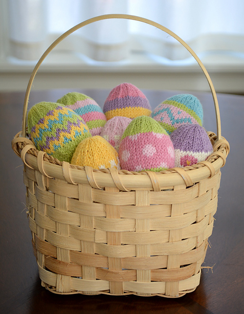 Fast and Fun to Knit Free Easter Patterns