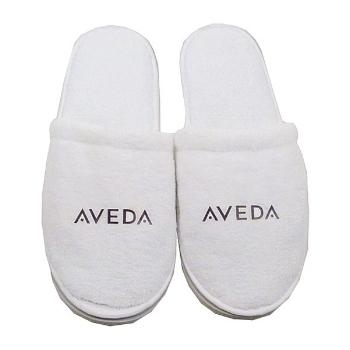 Plush slippers -