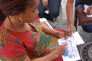 NEW BUSINESSES AND BRANDS - RETAIL HEALTH   The DIG and Dalberg Africa team worked with a VC-funded startup in West Africa to combine user research and business analysis to define and prototype a new MVP retail health offering for BOP customers in urban environments to ensure a strong product market fit.