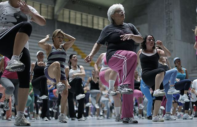 women-exercising_main.jpg