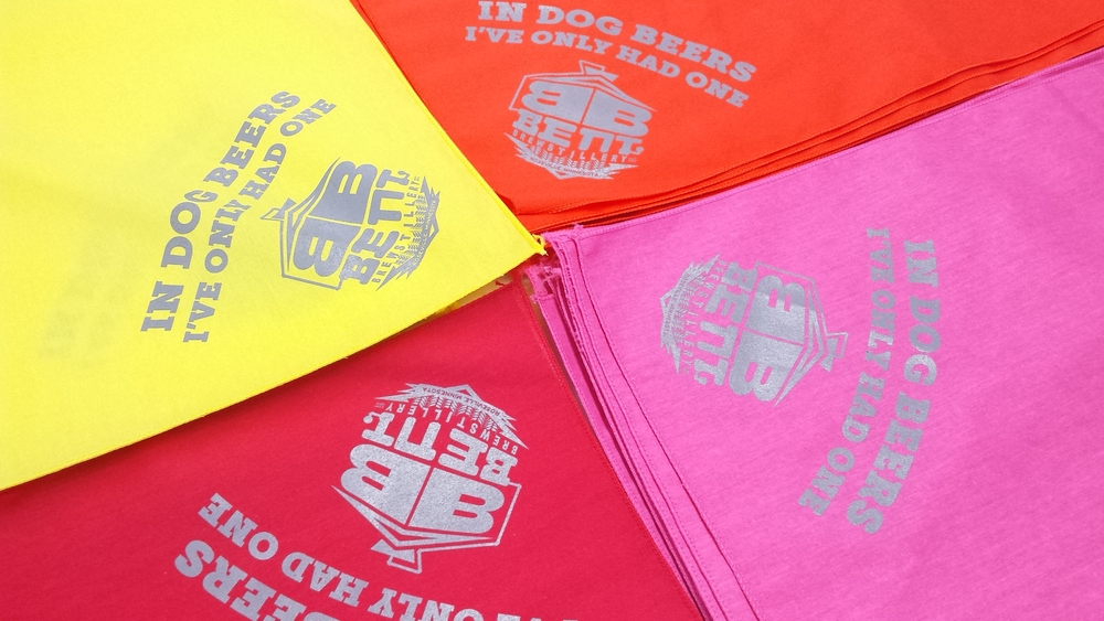 custom-dog-bandanas-mn-2.jpg