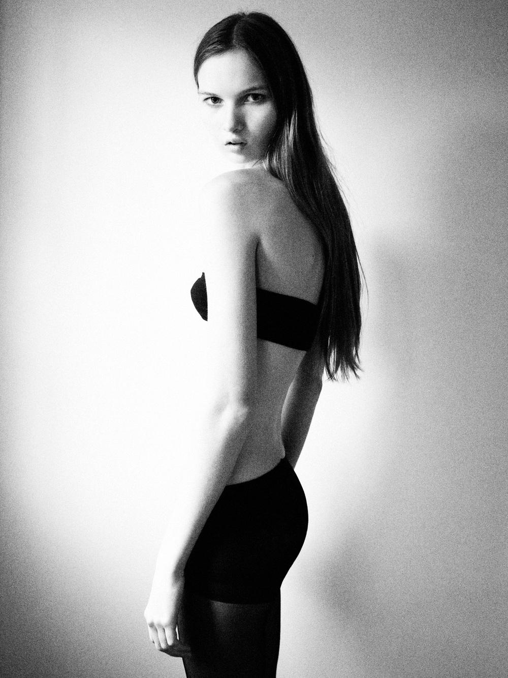 Nicolette 14.jpg