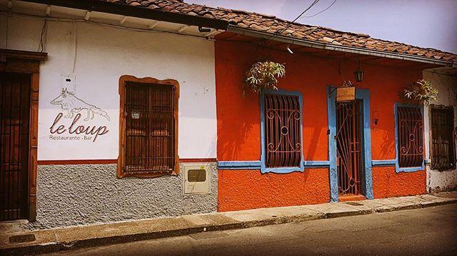 Que Mas Pues #streetsofmedellin #medellin #colombia #poblado #mydocushot