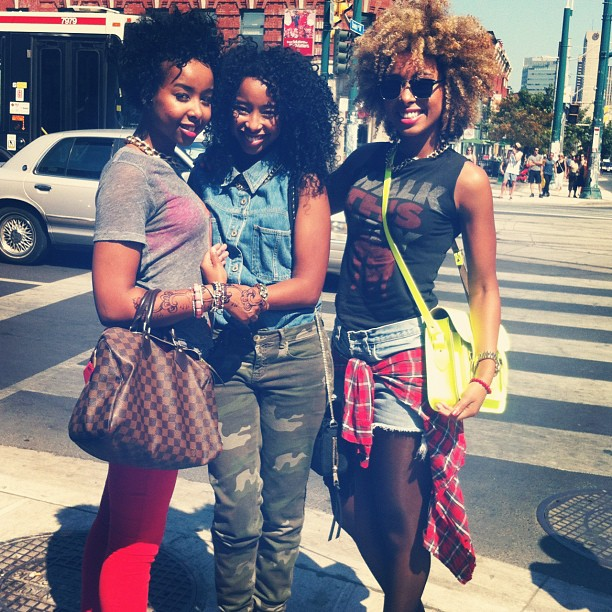 Downtown #Toronto The three curly sues together!!! Lol #Sisters #curlyhair #Tdot #faarrow  (Taken with  Instagram )