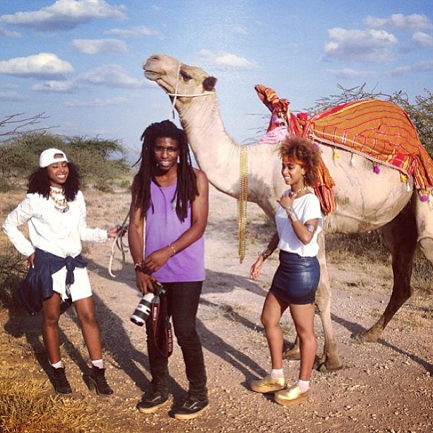 With @bradogbonna and Charlie the camel 🐪🎥