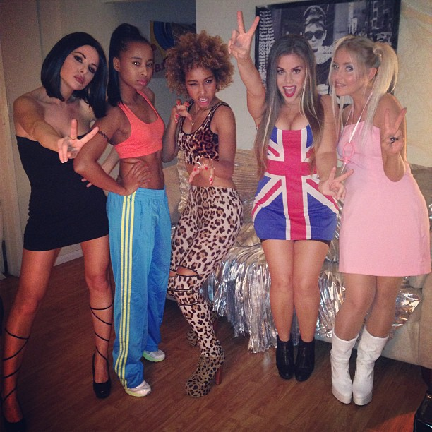 Happy Halloween from the SPICE GIRLS!! 🇬🇧🇬🇧 #GIRLPOWER ✌️ #faarrow #thecharlies #spicegirls