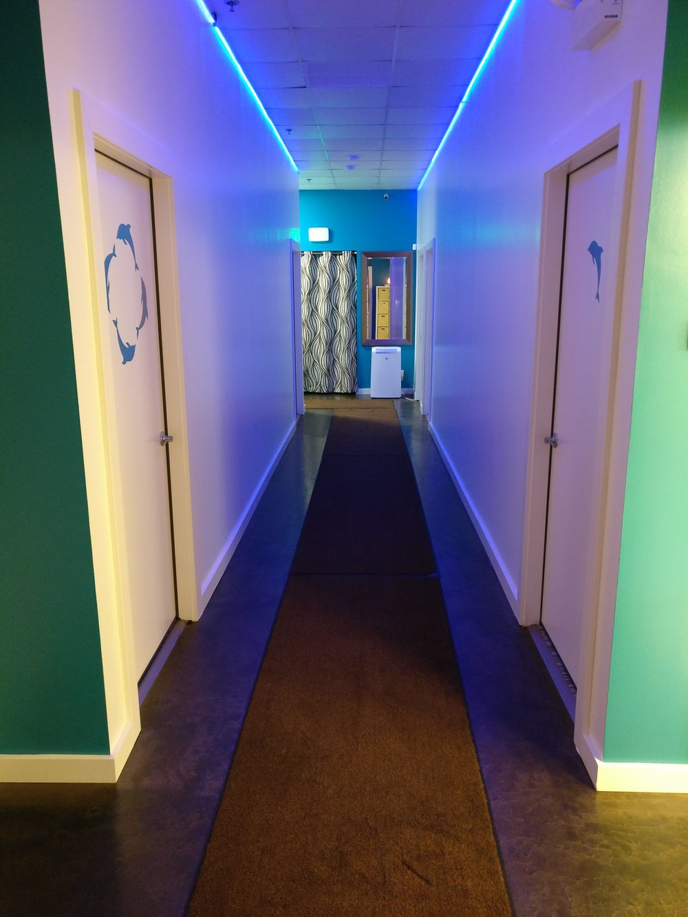 anicca-float-club-hallway.jpg