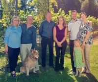 (From Left) Cathy & John Windsor, our de Vine pup, Jewel, Ken Winchester, Ryan & Helen Windsor and their daughter.