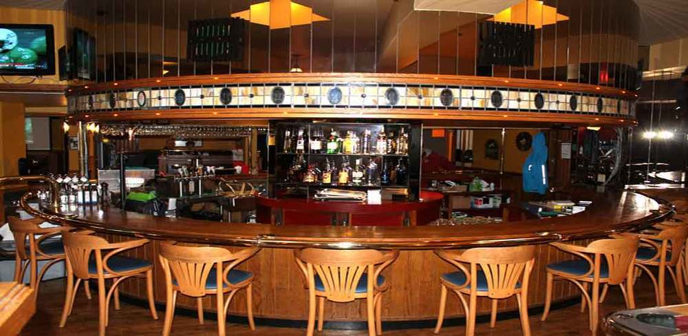 James Bay Inn interior.jpg