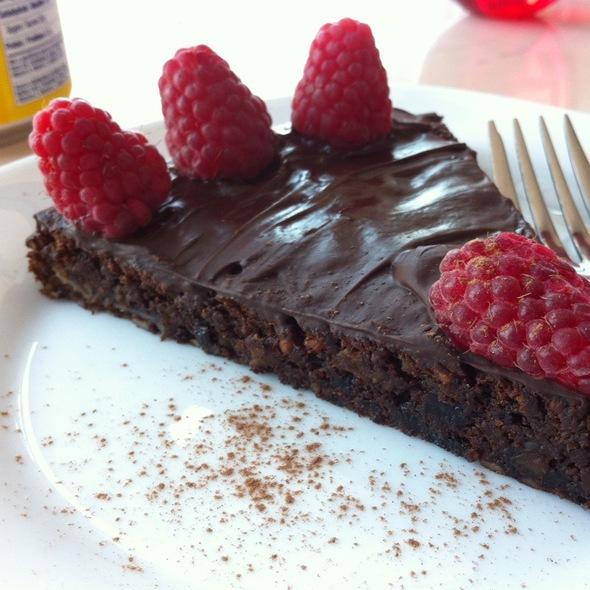 sante fig fudge cake.jpg