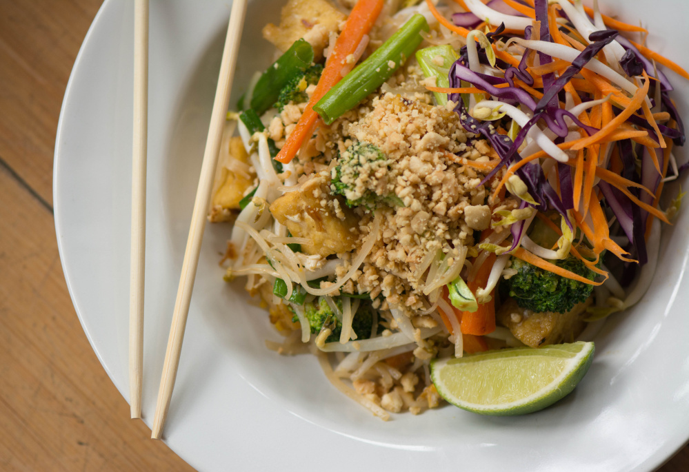 thai green pad thai.jpg