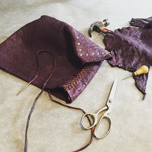 I am loving this purple process of a bag ! #purple #handmadeleatherbags #gscout #deerskin  #vancouver  #hawaii @cheyennejagger  @coyotemoccasins