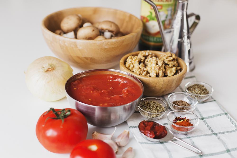 Cocoon_Cooks_Mushroom_Walnut_Bolognese_2