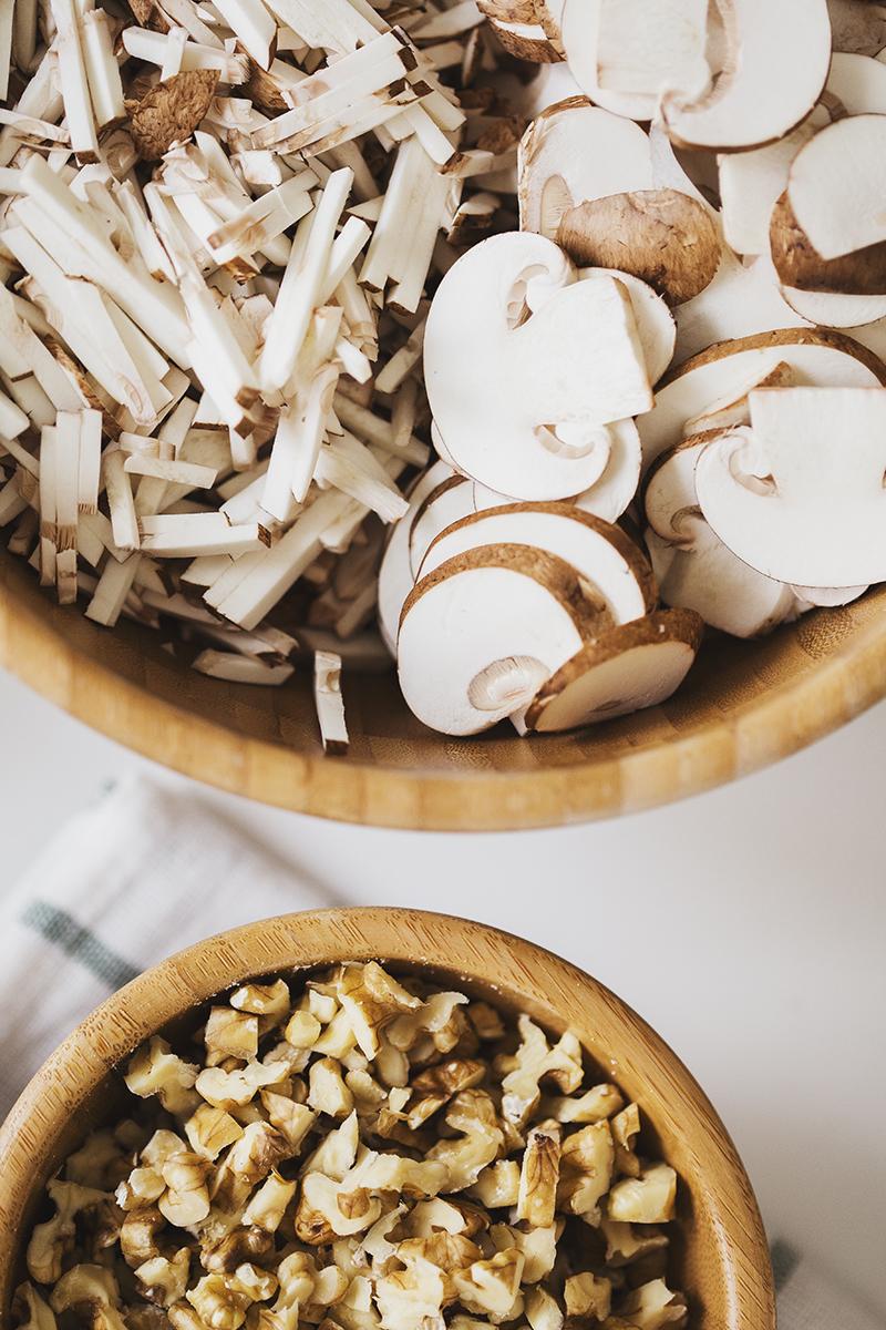 Cocoon_Cooks_Mushroom_Walnut_Bolognese_5