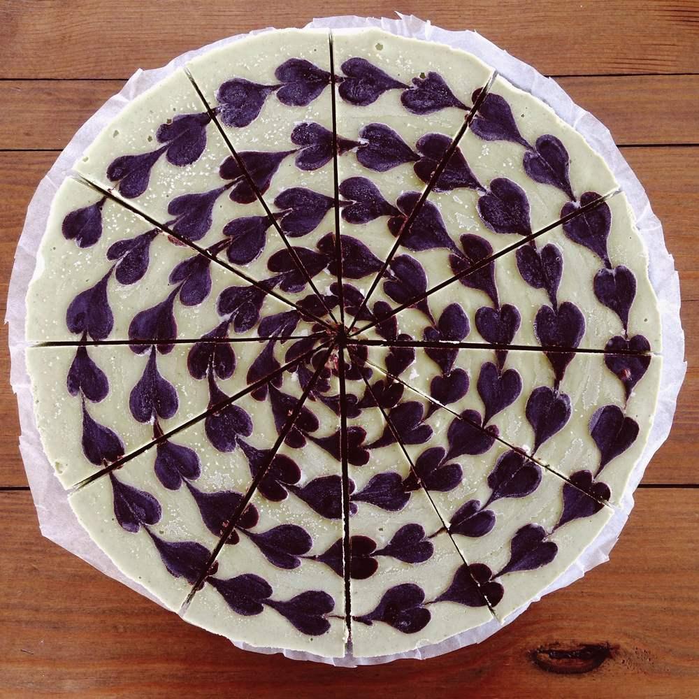 Healthy Raw Vegan Cacao & Mint Cheesecake