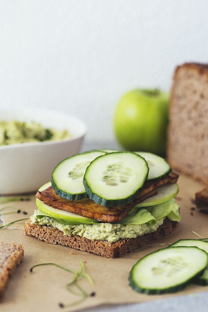 Cocoon_Cooks_Green_Sandwiches_9