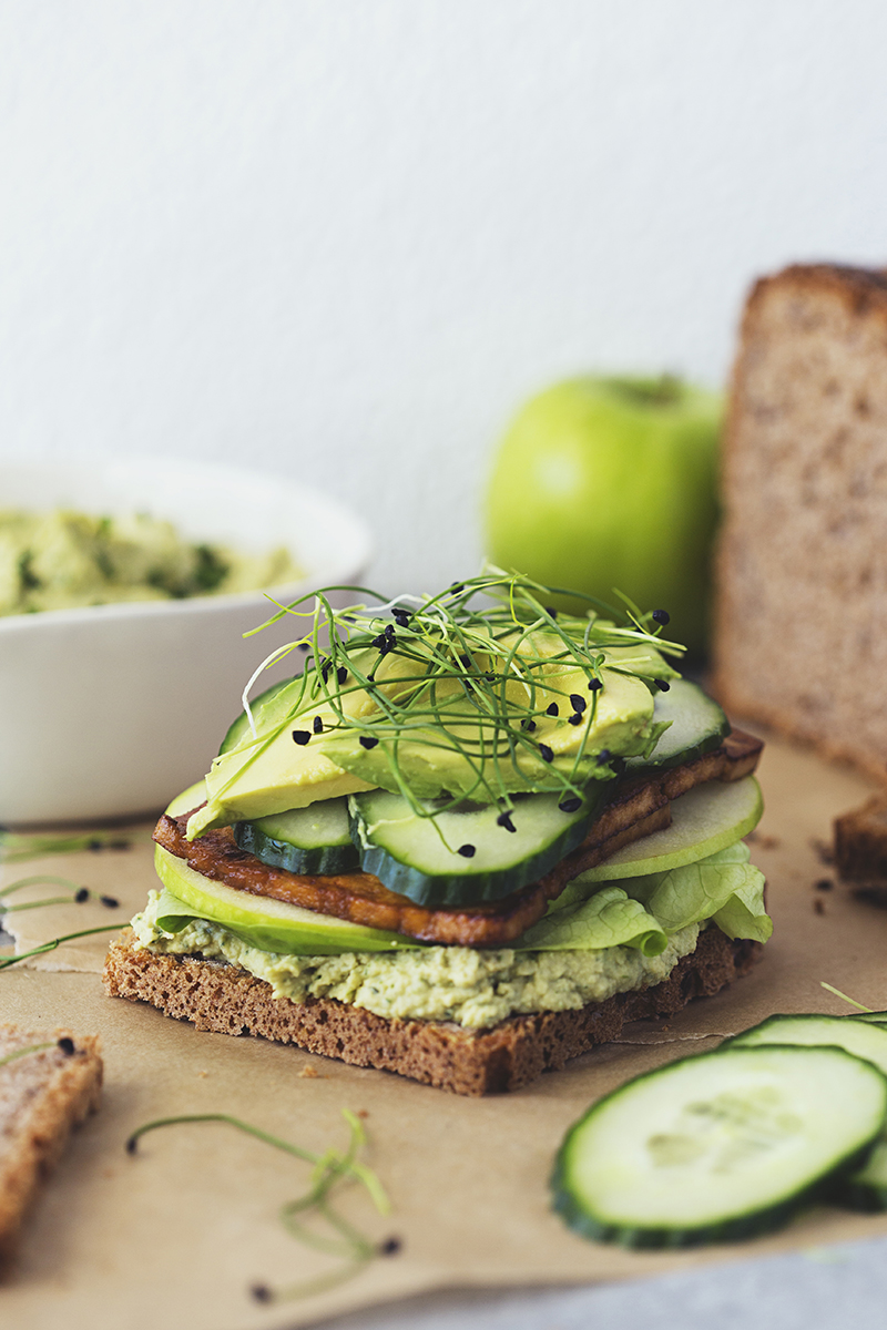 Cocoon_Cooks_Green_Sandwiches_11