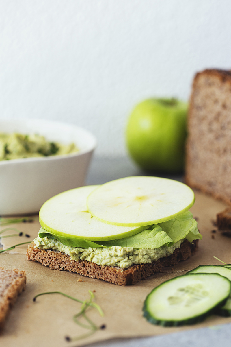 Cocoon_Cooks_Green_Sandwiches_7