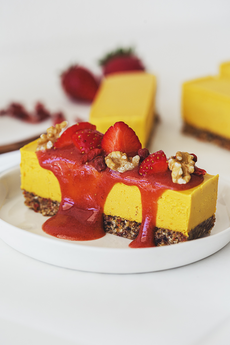 Easy Orange, Goji & Strawberry Vegan Cheesecake Recipe
