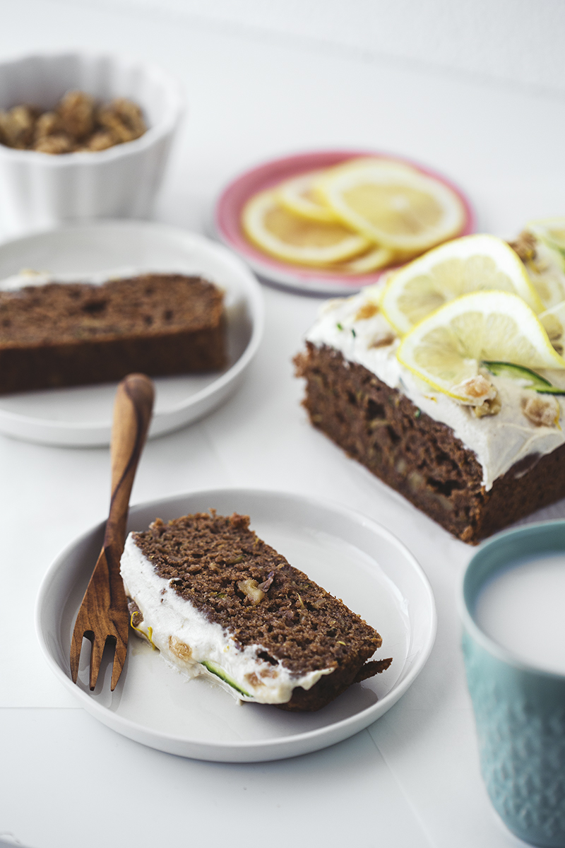 Healthy Vegan Zucchini & Lemon Cake Recipe